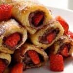 Френски тост с течен шоколад и  ягоди