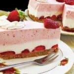 Ефирна ягодова торта