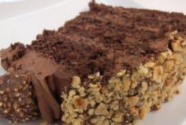 Бързо и лесно приготвих най-вкусната лешникова торта, която някога съм опитвала! Опитайте тази рецепта няма да съжалите!