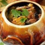 Вкусен гювеч от свинско със зеленчуци
