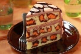 Страхотна торта с уникален блат и ефирен крем! Ще запомните този вкус за дълго!