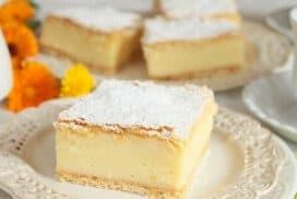 Никой не може да устои на този десерт! Този мек, лек и топящ се вкус ще пленят сетивата !