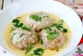 Внимание опасно вкусна рецепта! Тези кюфтенца ще се превърнат в основно блюдо на трапезата Ви!