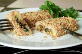 Зверски вкусни пилешки рулца с хрупкава орехова коричка