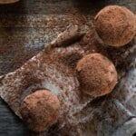 Бързо и вкусно: бадемови бонбони без захар и масло