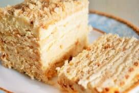 Нерeалистично вкусна торта без печене! Супер проста рецепта!