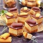 Красота и опияняващ вкус в една чиния! Този неповторим десерт ще преобърне представата ви за бисквитена торта!