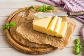 Нищо не може да замени аромата и вкуса на домашното масло! Ето как да го приготвим сами у дома в съвременни градски условия!