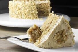 Постното може да бъде безкрайно вкусно! Разкошна торта без печене, яйца и масло!
