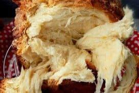 Разкошен козунак, замесен в хлебопекарна! Впечатляващо меки и пухкави конци! Ето рецептата стъпка по стъпка.