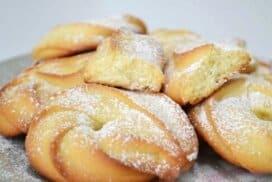 Божествено вкусни и много лесни за приготвяне сладки! При това с минимални продукти!