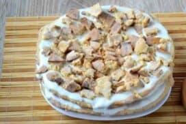 Открих тази рецепта в една забравена тетрадка! Припомнете си вкуса на едновремешната сметанова торта!