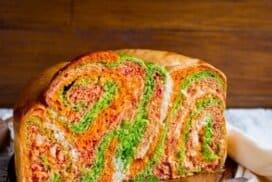 Фантастичен домашен цветен хляб! Красив, мек и много вкусен!