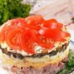 Вкусно и красиво: апетитна салата на пластове