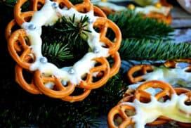 2 съставки и само 15 минути отнема този десерт, който може да се превърне и в невероятна празнична украса!