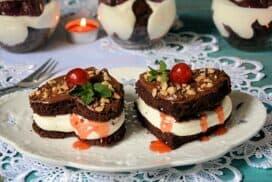 Перфектният десерт за любими хора! Малки сърца с фин крем и плодова нотка!