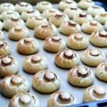Удивителни дребни сладки, които ще Ви изненадат не само с външния си вид и отличния си вкус, но и с лекотата на приготвянето си!
