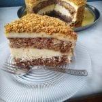 Тази домашна орехова торта е същинска находка! Всички у дома са ѝ фенове!