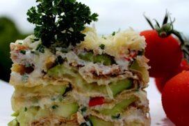 Ако сте фен на тиквичките, то тази рецепта е точно за вас! Горещо или студено ястие-изборът е ваш!