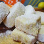Тези домашни сладки буквално се топят в устата ви! Крехки, нежни и запазват свежестта си  дълго време!