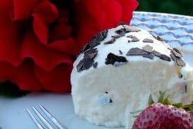 Още не мога да повярвам, че от толкова обикновени продукти направих ТАКЪВ вкусен десерт! РЕЦЕПТАТА  ТУК