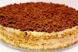 """Най-лесната рецепта за торта """"Наполеон""""! БЕЗ ФУРНА, БЕЗ БИСКВИТИ!"""