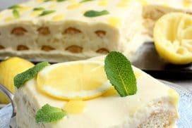 Това свежо лимоново тирамису е жестоко! Лесно е да се направи, супер красиво е, а и е безкрайно вкусно!