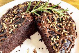 Лека и необичайно вкусна шоколадова тортичка, за чието приготвяне не се нуждаете от ЯЙЦА, МЛЯКО и МИКСЕР