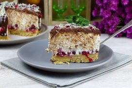 Приказна торта БЕЗ ПЕЧЕНЕ, в която ще се влюбите! РЕЦЕПТАТА ТУК