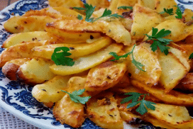 Хрупкави картофки на фурна-фино и леко ястие, чийто вкус ще надмине всичко, което сте опитвали до сега!