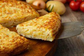 Супер лесно, че и вкусно ястия, за което са нужни само няколко картофа и 5 яйца! ВИЖ РЕЦЕПТАТА ТУК